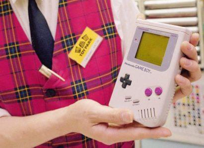 Φυσήξτε τις κασέτες σας επειδή η Nintendo μάλλον ετοιμάζεται να ξαναβγάλει το Game Boy