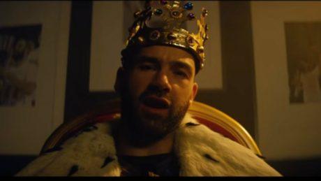 Ο Σπανούλης ραπάρει σε λαρισέικα αγγλικά για τη διαφήμιση της φετινής Ευρωλίγκας