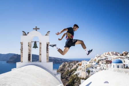 Red Bull Art of Motion: Αθλητές από κάθε γωνιά της γης κάνουν απόβαση στη Σαντορίνη!