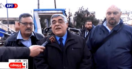 Αυτό που μας έλειπε από την ελληνική τηλεόραση ήταν μικρόφωνα με τεράστιους μαιάνδρους