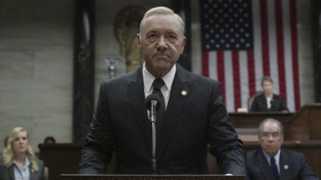Ο πρωταγωνιστής του House of Cards απολύεται οριστικά από το Netflix μετά τις καταγγελίες για σεξουαλική παρενόχληση