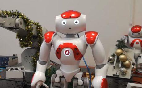 Φοιτητές του Πανεπιστημίου Δυτικής Μακεδονίας έφτιαξαν ρομπότ που λέει κρητικά κάλαντα