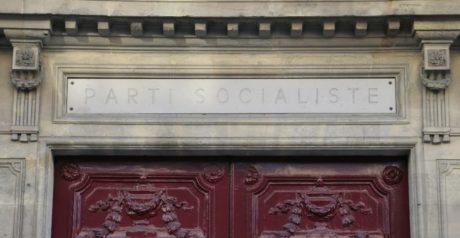 Γαλλικό ΠΑΣΟΚ: Πωλείται όπως είναι επιπλωμένο