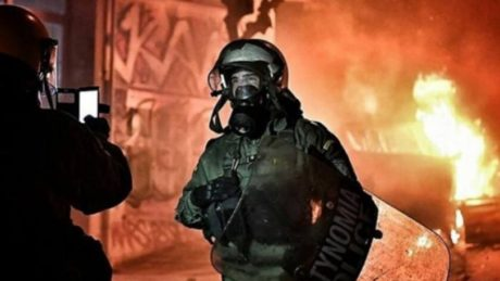 Λογαριασμό ίνσταγκραμ ετοιμάζεται να ανοίξει η Ελληνική Αστυνομία μετά τη χτεσινή viral φώτο