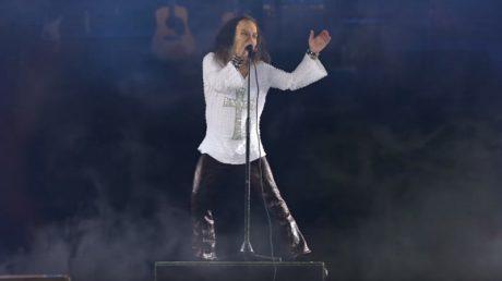 Θαύμα: Tο ολόγραμμα του Ronnie James Dio εμφανίστηκε σε συναυλία στη Γερμανία