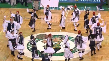 Τσάμικο στον αγώνα Celtics Bucks