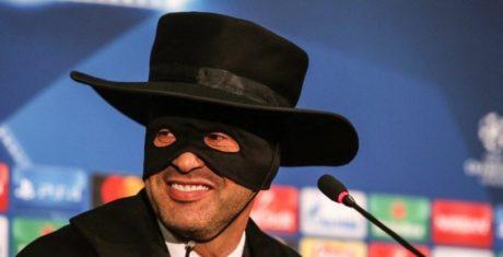 Παναγιώτης Ψωμιάδης ντύθηκε ο προπονητής της Σαχτάρ επειδή πέρασε στους 16 του Τσάμπιονς Λιγκ