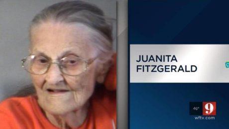 Γιαγιά βγήκε να γιορτάσει τα 94 χρόνια ζωής και βρέθηκε σε μπατσικό