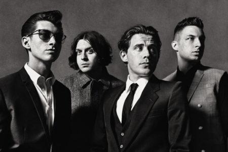 Οι Arctic Monkeys απ' ό,τι φαίνεται έρχονται στο φετινό Rockwave, γι' αυτό ακούγονται τσιρίδες