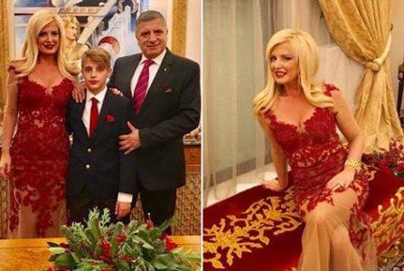 Χαρούμενη χρυσή Πρωτοχρονιά έκανε και φέτος η οικογένεια Πατούλη