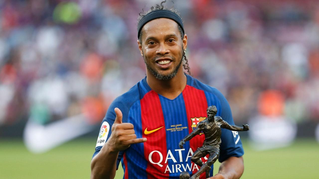 Σταματάει το ποδόσφαιρο ο άρχοντας της τρίπλας και της νύχτας Ροναλντίνιο