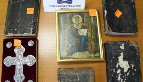 Ολόκληρο το Άγιο Όρος είχε καβατζώσει για το σπίτι ένας 33χρονος στο Βόλο