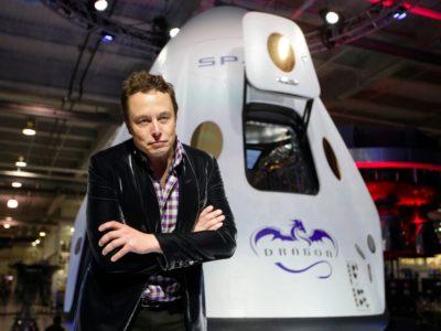Όλα τα σημάδια που δείχνουν ότι ο Elon Musk θα γίνει ο πρώτος αληθινός supervillain της ανθρωπότητας