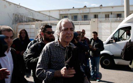 O Κουφοντίνας παίρνει και δεύτερη άδεια και ακούμε ήδη τα ελληνικά media να πανηγυρίζουν