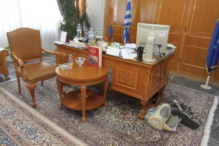 ΚαλαμάταGate: Άγνωστοι κατάσκοποι έβαλαν κοριούς σε γραφεία της περιφέρειας Πελοποννήσου