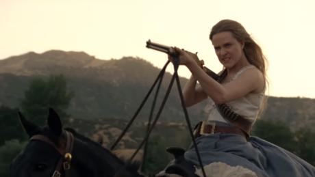Η «Dolores» του Westworld θα παίρνει πλέον τα ίδια λεφτά με τους άνδρες συναδέλφους της