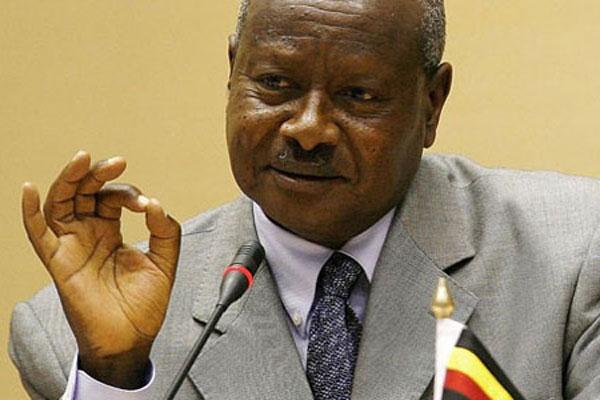 Το στοματικό σεξ αποφάσισε να πιάσει στο στόμα του ο πρόεδρος της Ουγκάντας