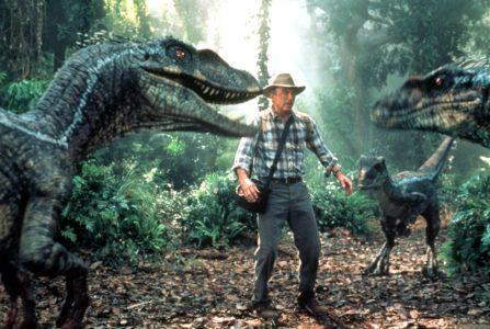 Αν ο Τζέιμς Κάμερον είχε προλάβει πρώτος να γυρίσει το Jurassic Park θα είχαμε ένα «Aliens με δεινόσαυρους»