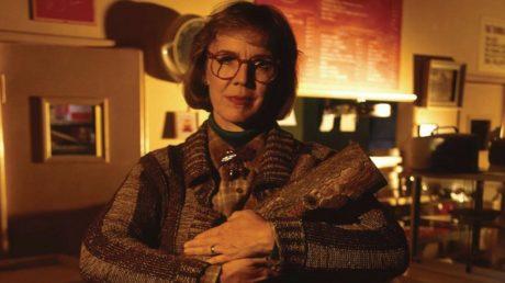 Η Log Lady του Twin Peaks θα αποκτήσει δικό της ντοκιμαντέρ γιατί το αξίζει
