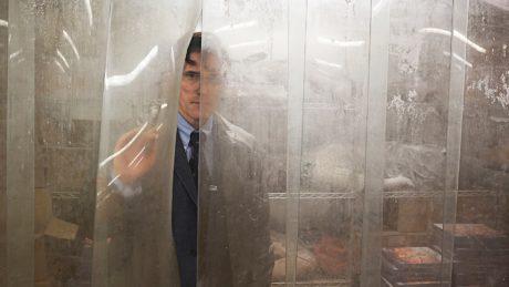 O Λαρς φον Τρίερ προκαλεί πανικό και αηδία με τη νέα του ταινία γιατί αυτή είναι η δουλειά του
