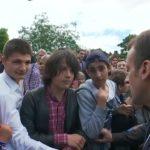 Μαριέττα Γιαννάκου έπαθε o Μακρόν, κυνηγάει μαθητές να τελειώσουν το σχολείο