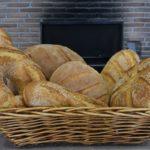 Στο Άρτιον θα σε περιποιηθούν με άρτιο καφέ, γλυκά και ψωμί