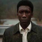 Το πρώτο trailer της τρίτης σεζόν True Detective υπόσχεται βαθύ, πηχτό, απέραντο σκοτάδι