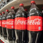 Αναψυκτικά με κάνναβη ίσως ετοιμάζει η Coca-Cola, σύμφωνα με το Bloomerg