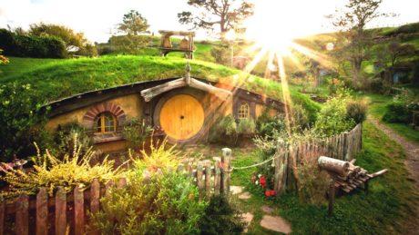 Ακραίος fan του Lord of the Rings φτιάχνει αληθινό σπίτι Χόμπιτ, έτσι για την φάση