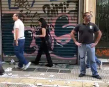 Διαδήλωση ενάντια σε «πρεζάκια και γκέι» κάνουν πέντε ακροδεξιοί, γεμίζουν με επιτυχία ταξί