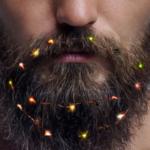 Αυτά τα φορητά λαμπάκια για τα γένια σου τερματίζουν το Χριστουγεννιάτικο fabulous