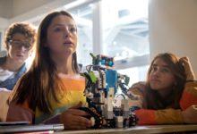 Στο «ROBOGIRL» τα κορίτσια απλά θέλουν να περάσουν καλά με ρομποτική