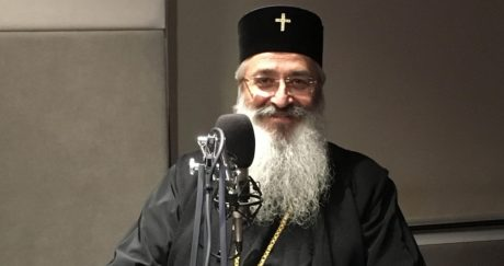 «Tα παρτάλια χωρίς 2000 ευρώ να μην έρχονται Σαμοθράκη», λέει ο Μητροπολίτης Αλεξανδρούπολης