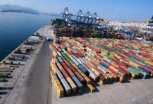 Με 200 εκατομμύρια πρόστιμο για κινέζικο λαθρεμπόριο κινδυνεύει η Ελλάδα από την Κομισιόν