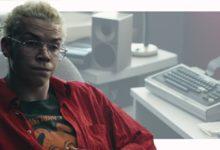 Πρωταγωνιστής του Black Mirror εγκαταλείπει τα social media για να διασώσει την ψυχική του υγεία, όχι κακή ιδέα γενικά