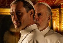 Τερματίζουν την καθολική swagίλα οι Jude Law και John Malkovich στις πρώτες εικόνες του New Pope